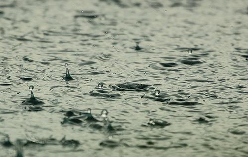 pluies battantes